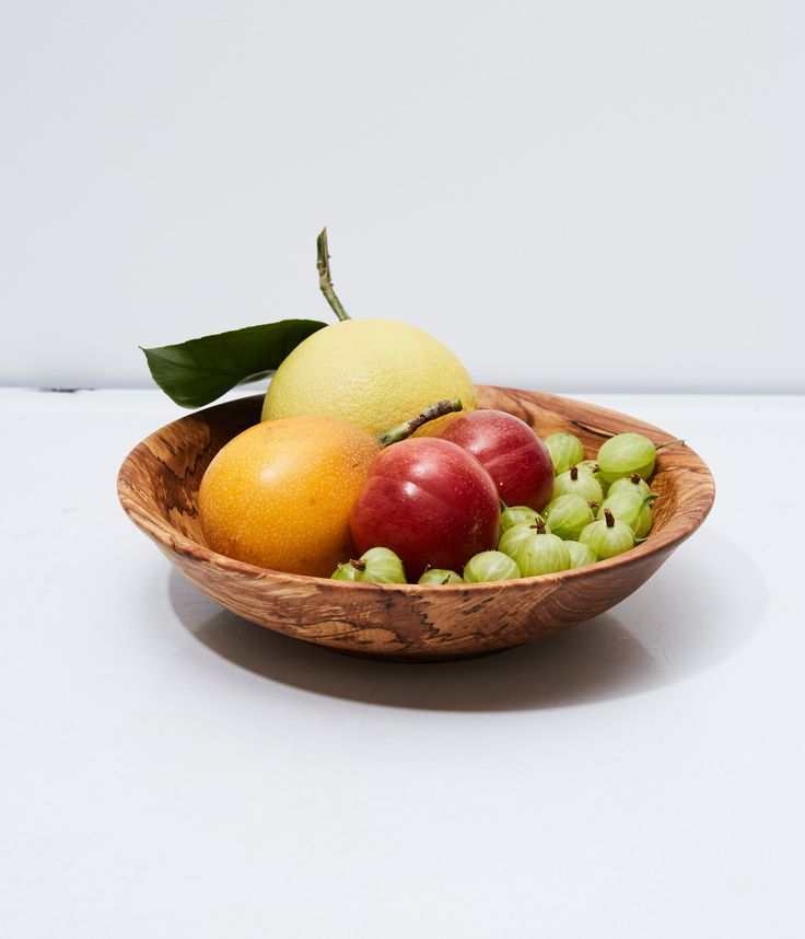 Herriott Grace – Wooden Fruit Bowl