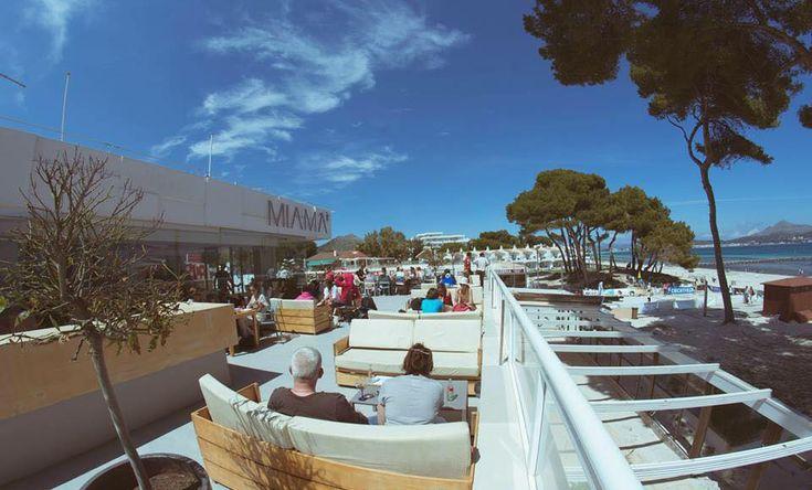 Miama, Mallorca - Estos beach bars se merecen un atardecer en las Islas Baleares