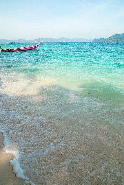 beautiful: Amazing Image, Sandy Beach, The Ocean, Phuket Thailand, Island Resorts, Coral Islands, Nature Beautiful, Honeymoons Destinations, Beautiful Image