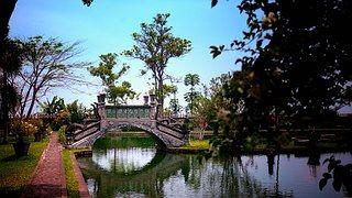 Bali, Tirtaganga, De Viaje