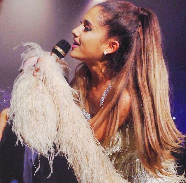 Ariana Grande 15/5/15 en Paris HoneyMoon Tour