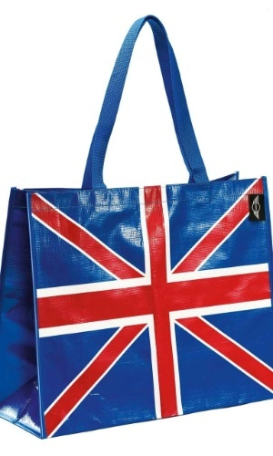 Bolsa de plástico com bandeira da Inglaterra, da Mini Collection, vendida a R$ 42