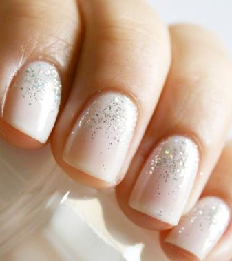 I probably won't paint my nails on my wedding day, but if I did, I'd just do this or a simple French manicure. More of a tiny detail.