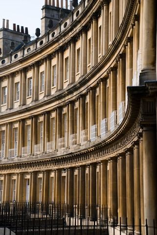 Georgian architecture: The Royal Crescent in Bath, England.