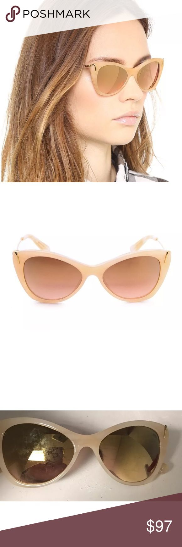 Elizabeth and James Sunglasses Beige Mirrored The Filmore Sunglasses by Elizabeth and James Beige with gold accents and Mirrored lenses. Great condition Elizabeth and James Accessories Sunglasses