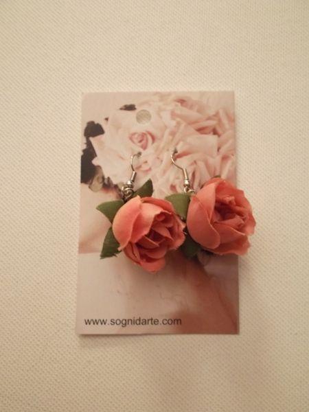 Orecchini rosa in tessuto -rosa antico di sogni d'arte by adalgisa su DaWanda.com