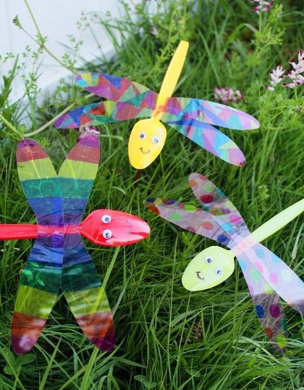 diy-libellule-recup-bricolage-enfants-earth-day