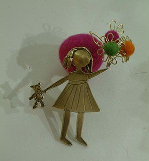 Brooch by ArchStudioGallery on Etsy, €35.00