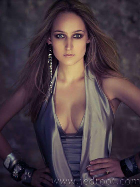 www.leelee sobieski.un | Leelee Sobieski