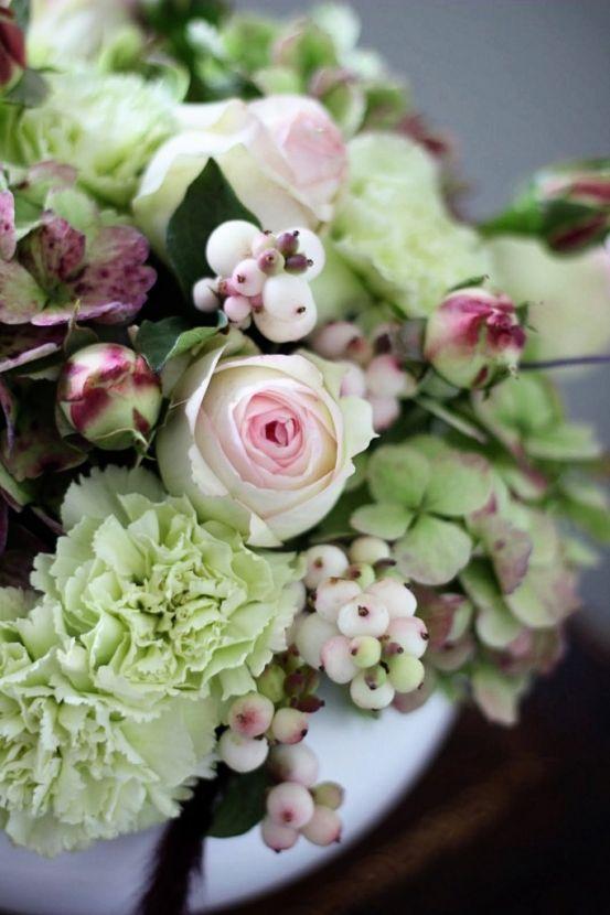 snowberries hydrangea carnations garden roses pierre pink antique vintage red maroon burgundy green pink pale diy wedding centerpiece