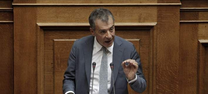 Θεοδωράκης: Ανάπτυξη και επενδύσεις είναι έννοιες ασύμβατες με τους ΣΥΡΙΖΑΝΕΛ