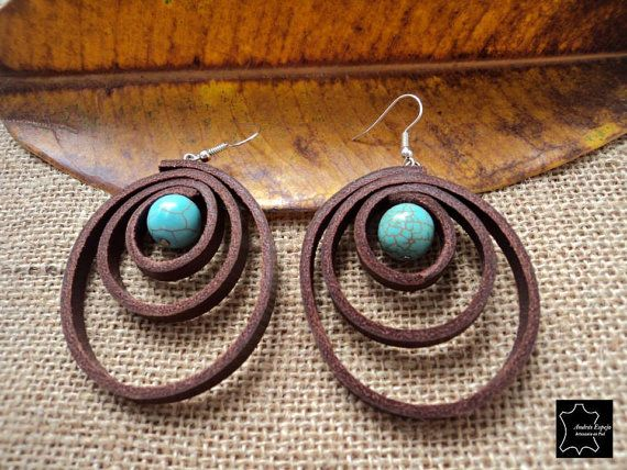 Leather earrings with turquoise stone