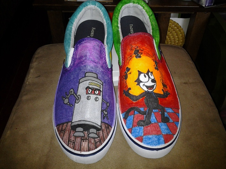 Felix the Cat toes tennis shoes by LisasColorfulStuff on Etsy, $38.00
