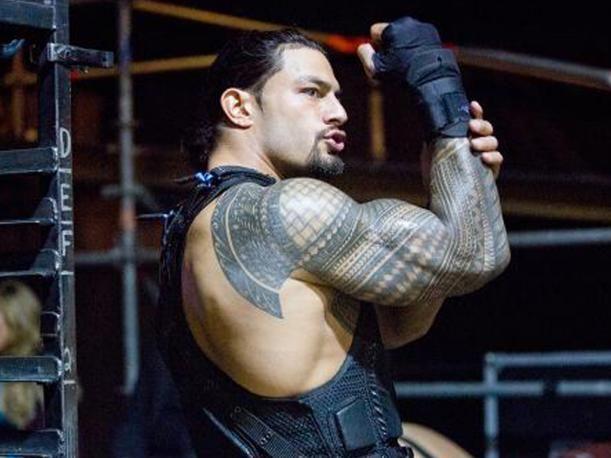 Roman Reigns es uno de las promesas de WWE a futuro. El peleador de Samoa se ha convertido en la cara de la empresa, luego de la lesión de Seth Rollins. El ex miembro del 'Escudo' se ha ganado un lugar gracias a sus habilidades dentro del cuadrilátero que ha cautivado a los miles de seguidores de la compañía.