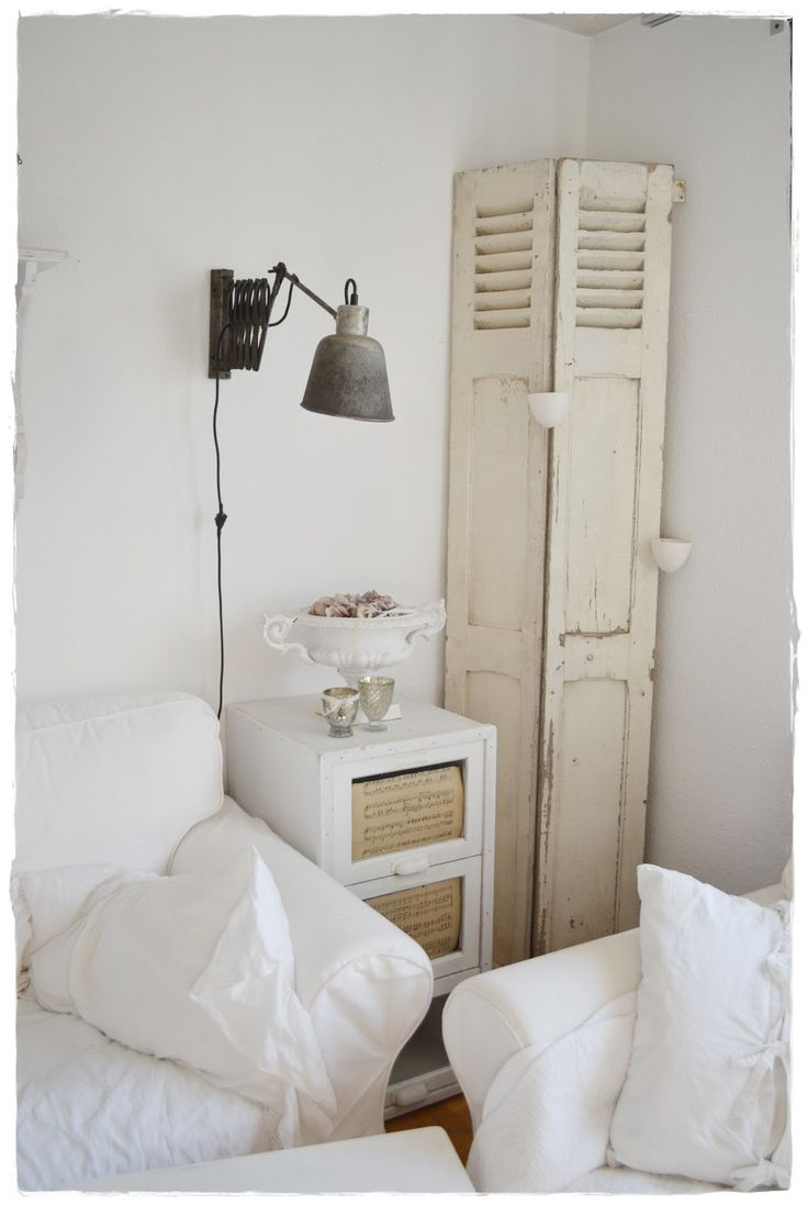 End Table Old Lamp Living Room Whitewashed Cottage Chippy Shabby Chic French Country Rustic