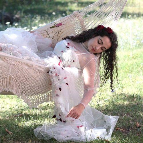 ILARIA DI GIUSTILI fotografie SERVIZI FOTOGRAFICI ph Ilaria Di Giustili fotografo modella Angelica Adriana Di Giustili abiti Marilena Casaleschi (by Le Foglie) L'Aquila #ilariadigiustilifoto #moda #fashion #ritratti #matrimoni #wedding