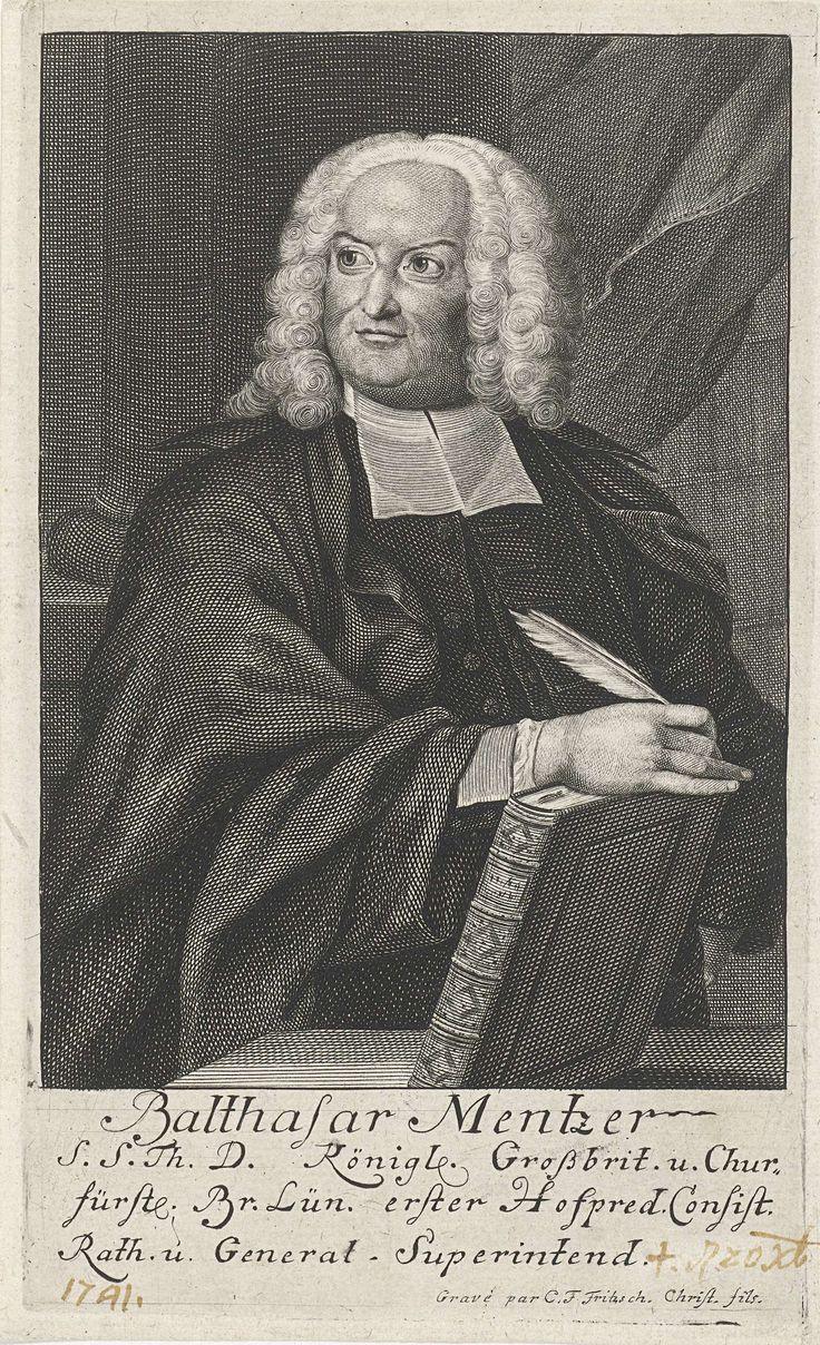 Christian Friedrich Fritzsch | Portret van Balthasar Mentzer, Christian Friedrich Fritzsch, 1722 - 1774 | De theoloog Balthasar Mentzer, staand bij een tafel, schrijfveer in de rechterhand die rust op een boek.  In de marge onder het portret staan zijn naam en titels in het Duits.