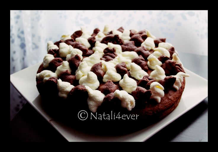 Banana cake with whipped cream
