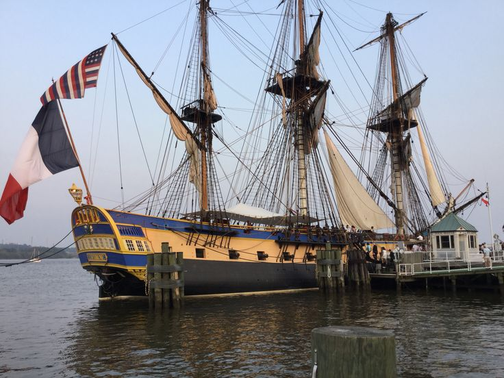 L'HERMIONE a French tall ship sits in Alexandria's marina 6/10/15kls