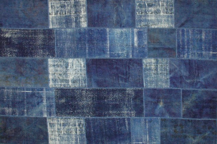 Sartori Vintage blue rugs - the result of the evolution of carpets designed for Diesel