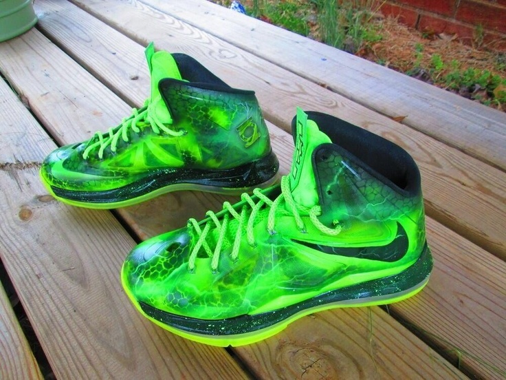 green lebrons 10