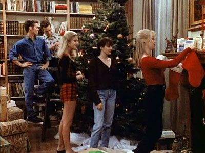 """Beverly Hills, 90210"" (Season 2, originally aired December 19, 1991) - Episode: A Walsh Family Christmas"