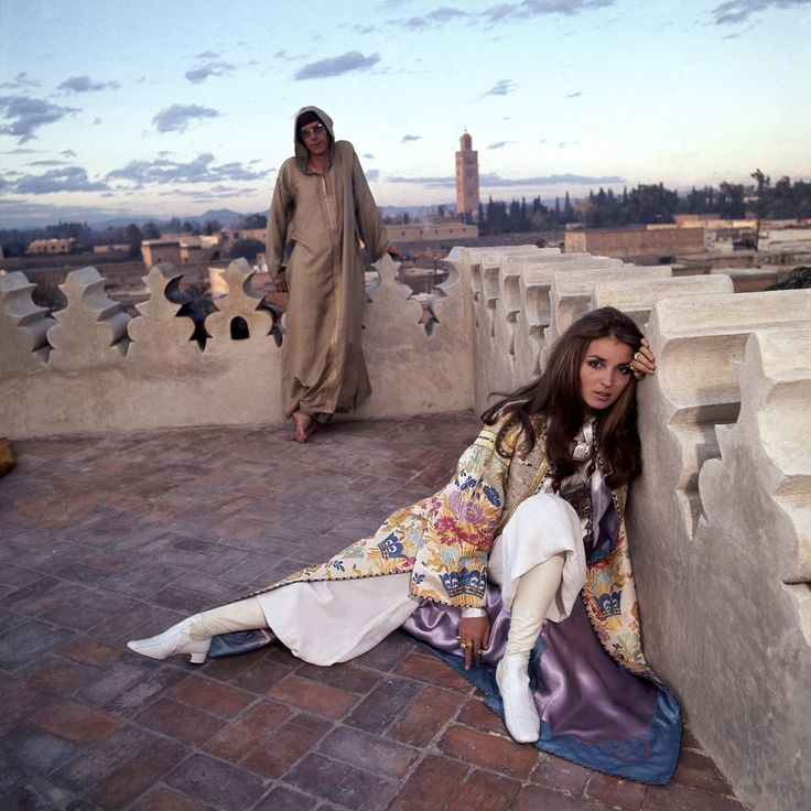 The Getty couple on a roof in Marrakech./Ph. DR