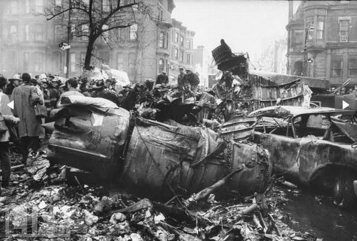 The Park Slope Plane Crash – Rare Photos from the 1960 New York Airplane Disaster