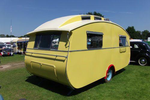 1939 showmans: 1939 Showmans, Vintage Caravan, Travel Trailers, Place, Vintage Travel