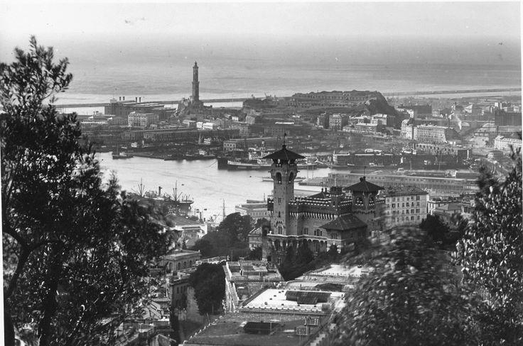 Panorama di Genova: il castello Bruzzo e la Lanterna (Photo: Cresta, 1935) #genova #genoa #liguria #annitrenta #lanterna