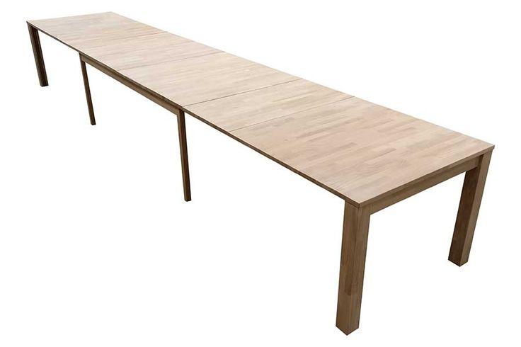 Hvitoljet eik , heltre. Ved kjøp av ileggsplater kan bordet bli 5 meter langt.