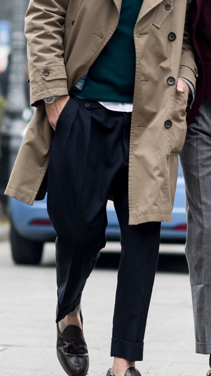 Love the classic look, yet a bit edgy. Guess its the tattoos and the dope loafers…