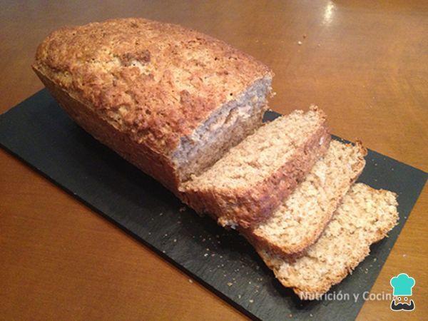 Aprende a preparar pan integral casero rápido con esta rica y fácil receta. ¿Te animas a preparar tu propio pan casero? Pues aprende con RecetasGratis y el equipo de...