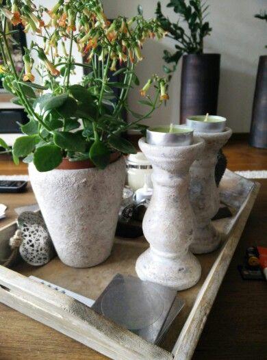 Goed gelukt, mijn eerste betonlook projectje, 2 kandelaars en 1 pot. ;-)