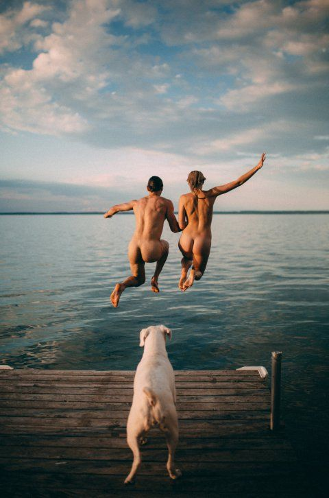 Love is in the air. Or at least that's according to marriage magazine Junebug Weddings, which has announced the finalists of this year's Engagement Photographs of the Year competition.