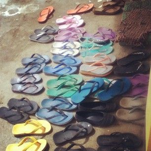 Seeing pairs of tsinelas everywhere on a day-to-day basis is normal to you. | 23 Signs You Lived In A Filipino House