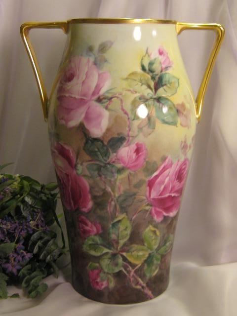 ~ TRULY REMARKABLE LARGE VICTORIAN TEA ROSES VASE ~ Gorgeous Antique Hand Painted Bavarian Floral Art Porcelain Vase w Elegant Coin Gold Handles Heirloom Beauty Circa 1890's