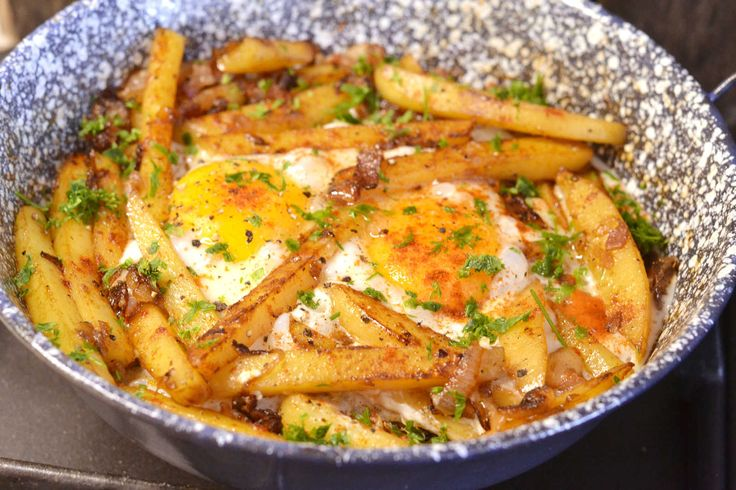 Serpenyős tojásos reggeli recept
