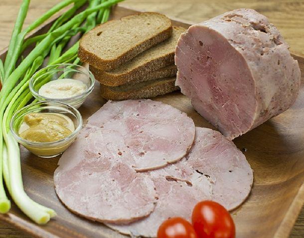 Положи в жестяную банку рукав с куриным мясом. Через час ты получишь королевское блюдо!