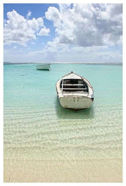 essays on tourism in mauritius Among muslims in mauritius, islamic revivalism does not display any of the aforementioned characteristics  and tourism the economic growth resulted in a very low level of unemployment.