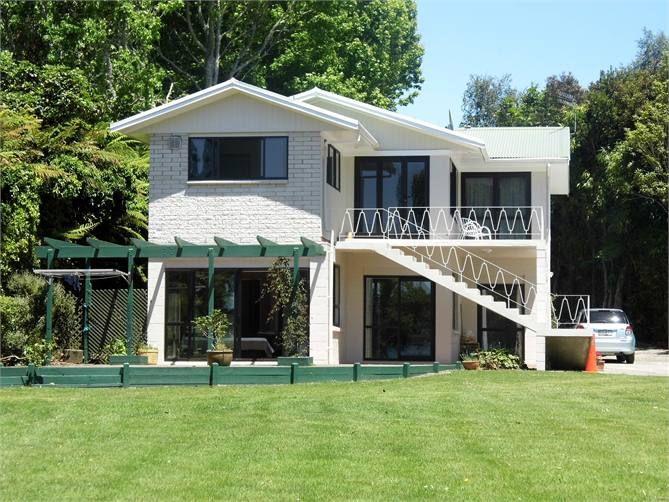 Lake Rotorua - Ngongotaha Lake House