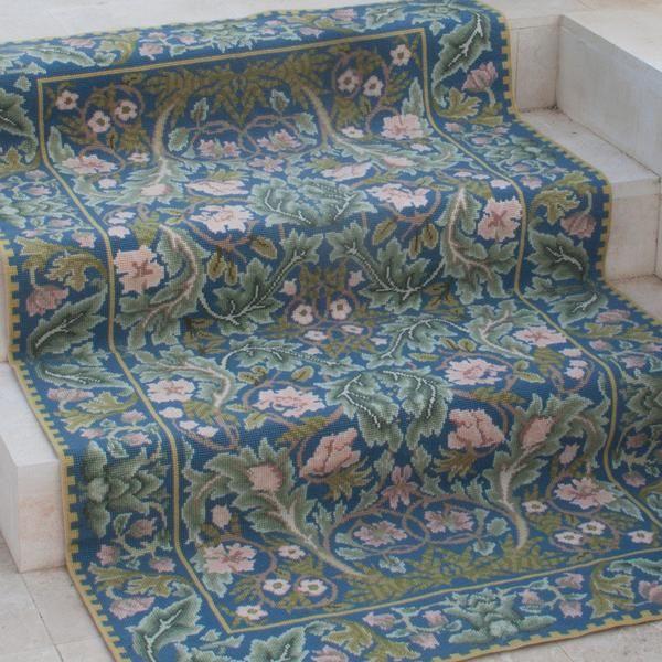 Acanthus rug