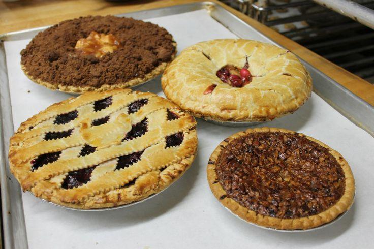 Sweetie Pies: Long Island Bakeries Heat Up for Holiday Sugar Rush