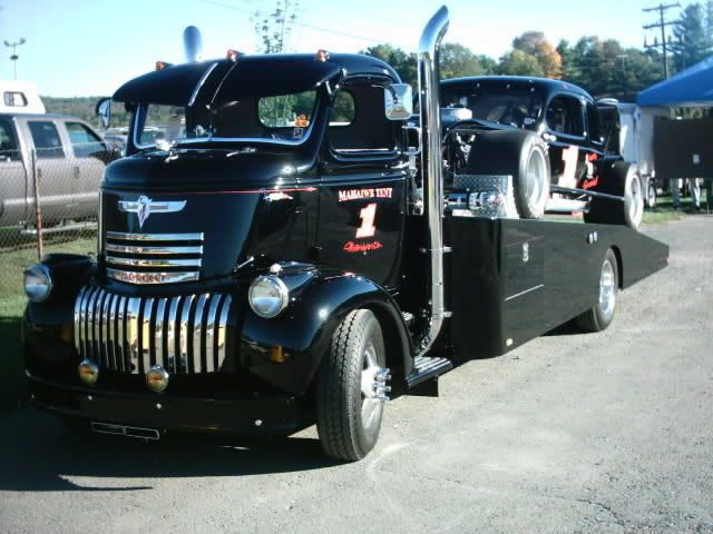 vintage cab overs | Thread: Sweet Cab Over Car Hauler with Vintage Stock Car.