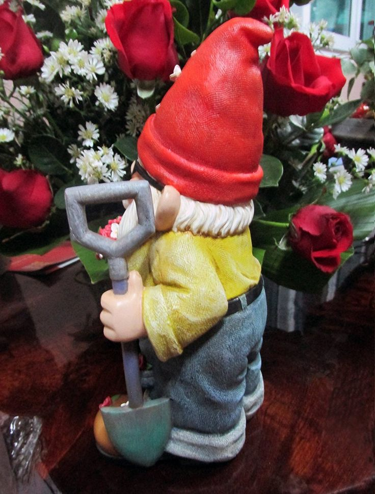 The Fantastic Gift Of Flowers Gnome (Hand Painted, Inches Tall And  Beautifully Detailed) By Twig U0026 Flower : Patio, Lawn U0026 Garden.