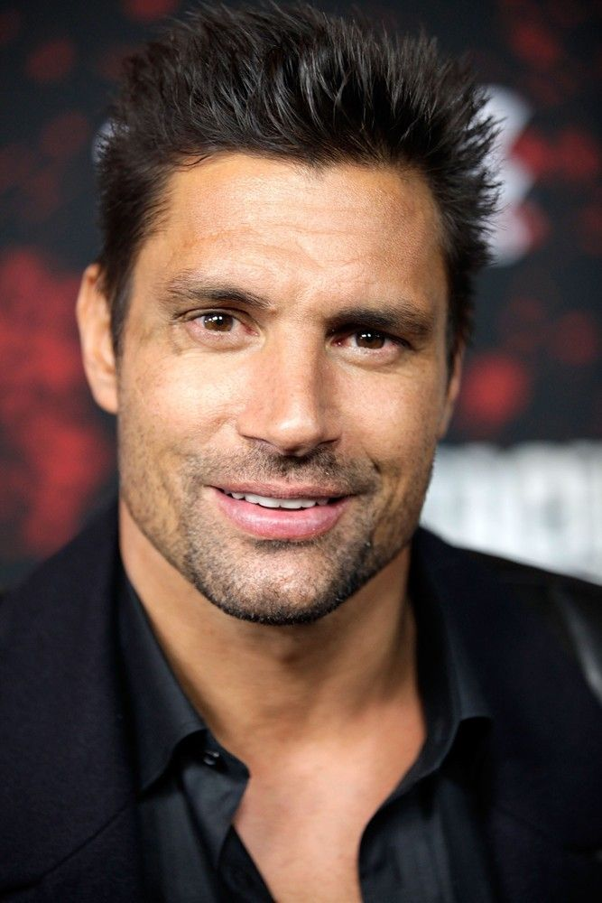 Loving this guy lately ~ Manu Bennett