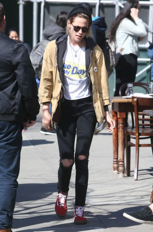 Kristen Stewart Street Style A Collection Of Other Ideas