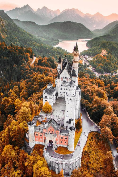 Neuschwanstein Castle by: Jacob Riglin