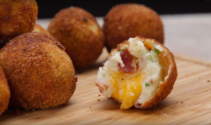 Cheese-Stuffed Mashed Potato Balls That Will Definitely Change Your Life