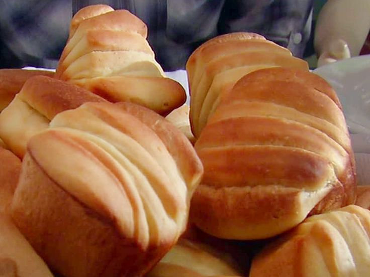 Get this all-star, easy-to-follow Butter Flake Rolls recipe from Alton Brown.